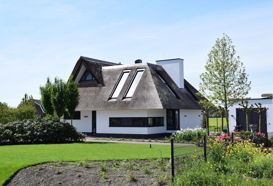 Prachtig vrijstaand huis met stenen gevel in sa cabaneta met